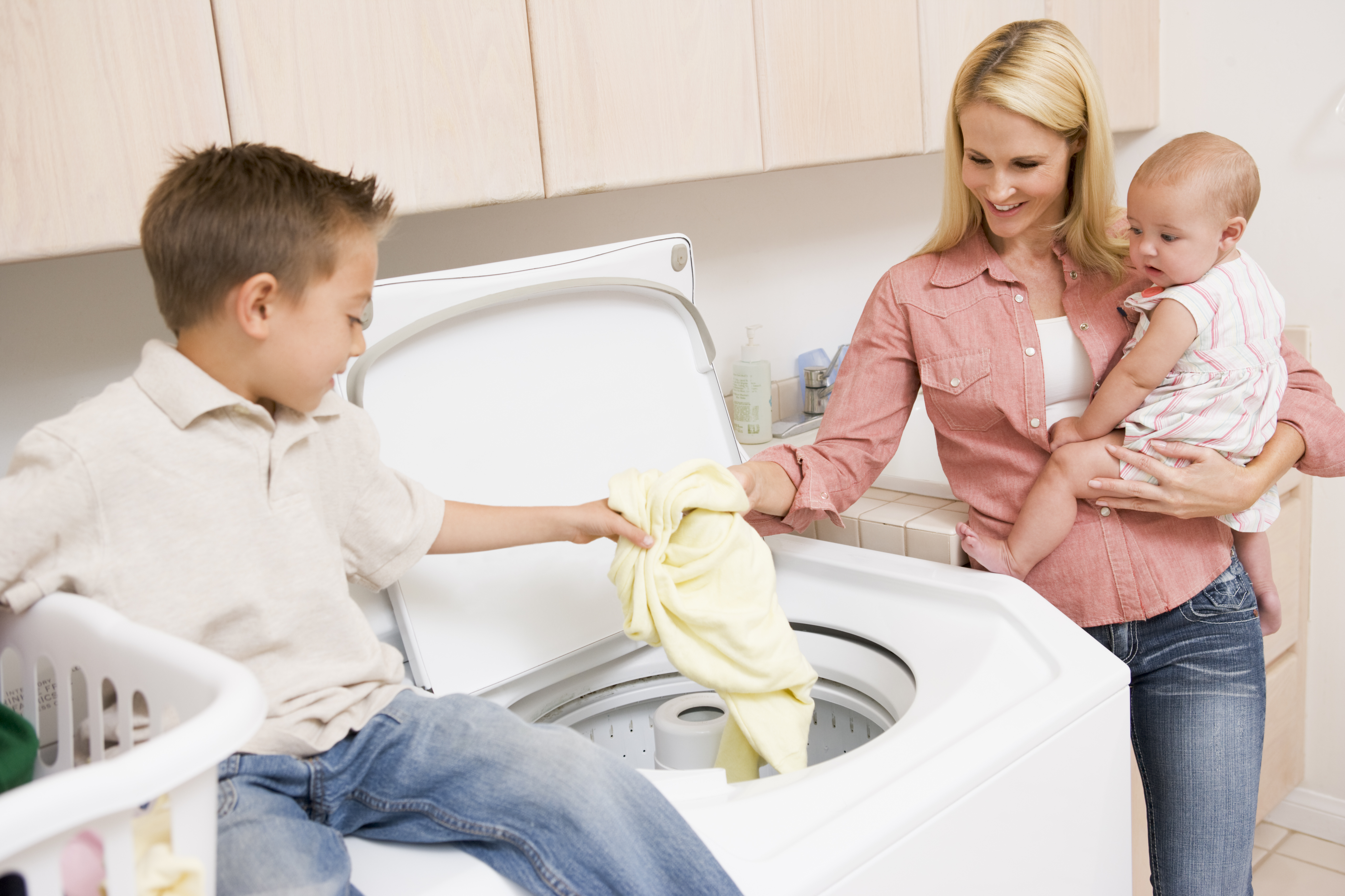 Top 5 laundry tips for large families house for Large family laundry